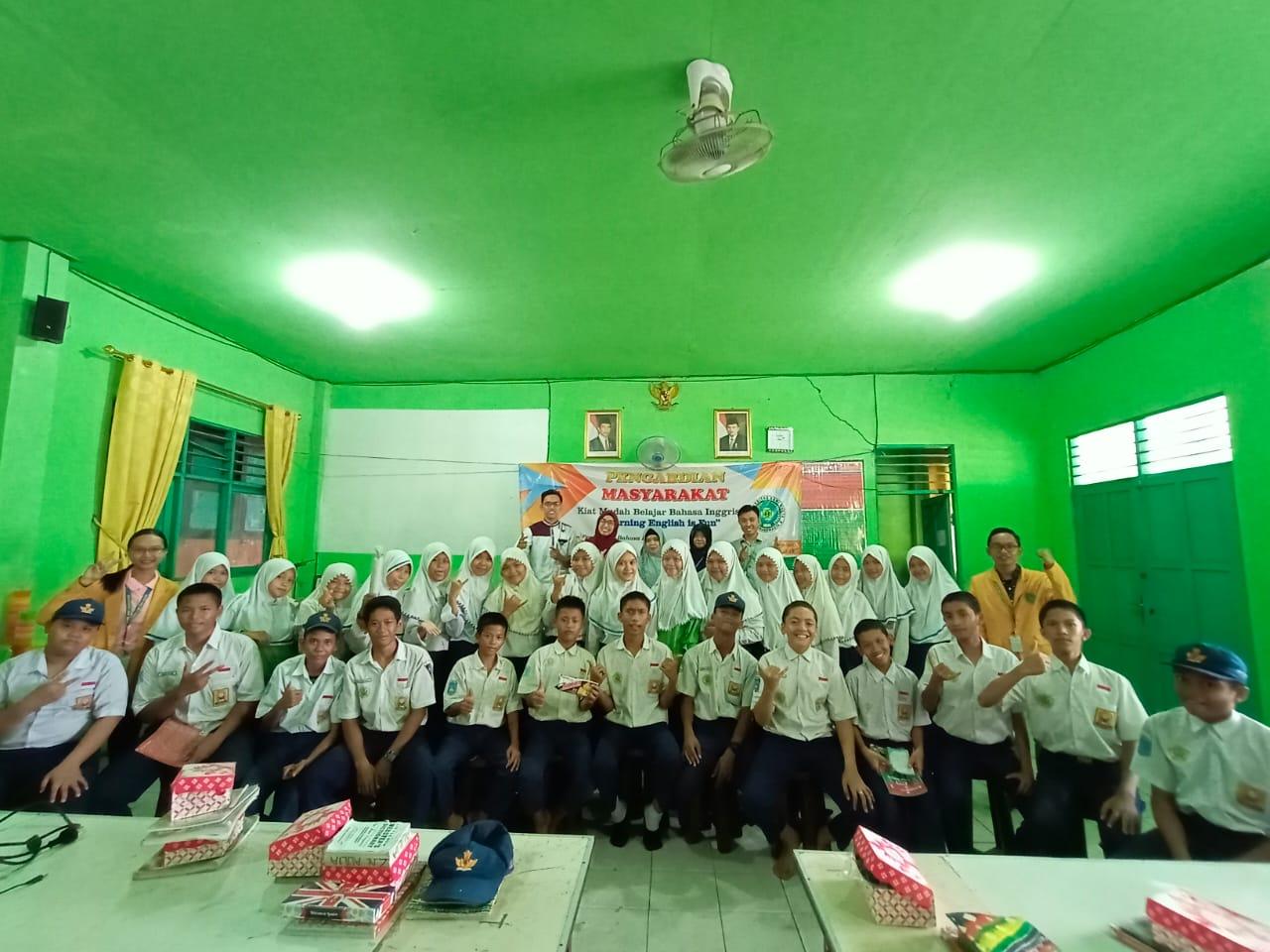 PBI UNISM Laksanakan Pengabdian Masyarakat di SMPN 1 Gambut